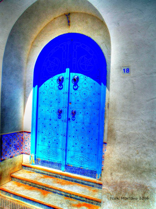 Blue DoorDSCF0925_tonemapped_tonemapped